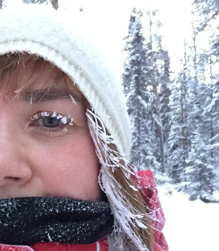 lunta silmäripsissä