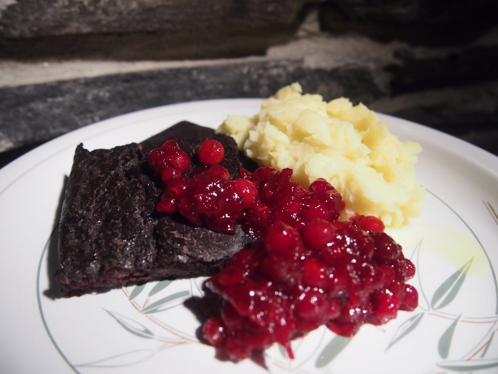 veripalttu lautasella