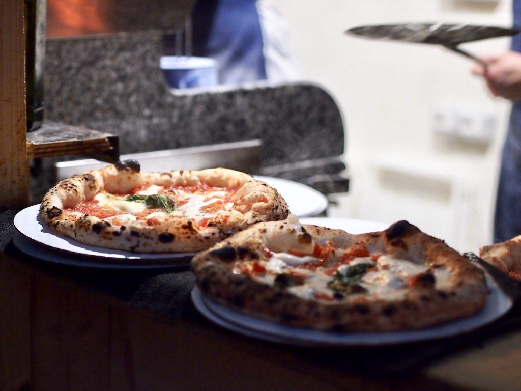 mercato metropolitano napolilainen pizza