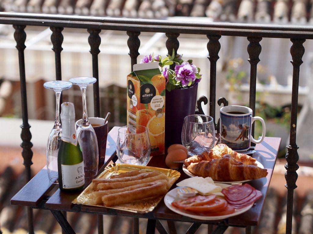 airbnb fuengirola aamiainen