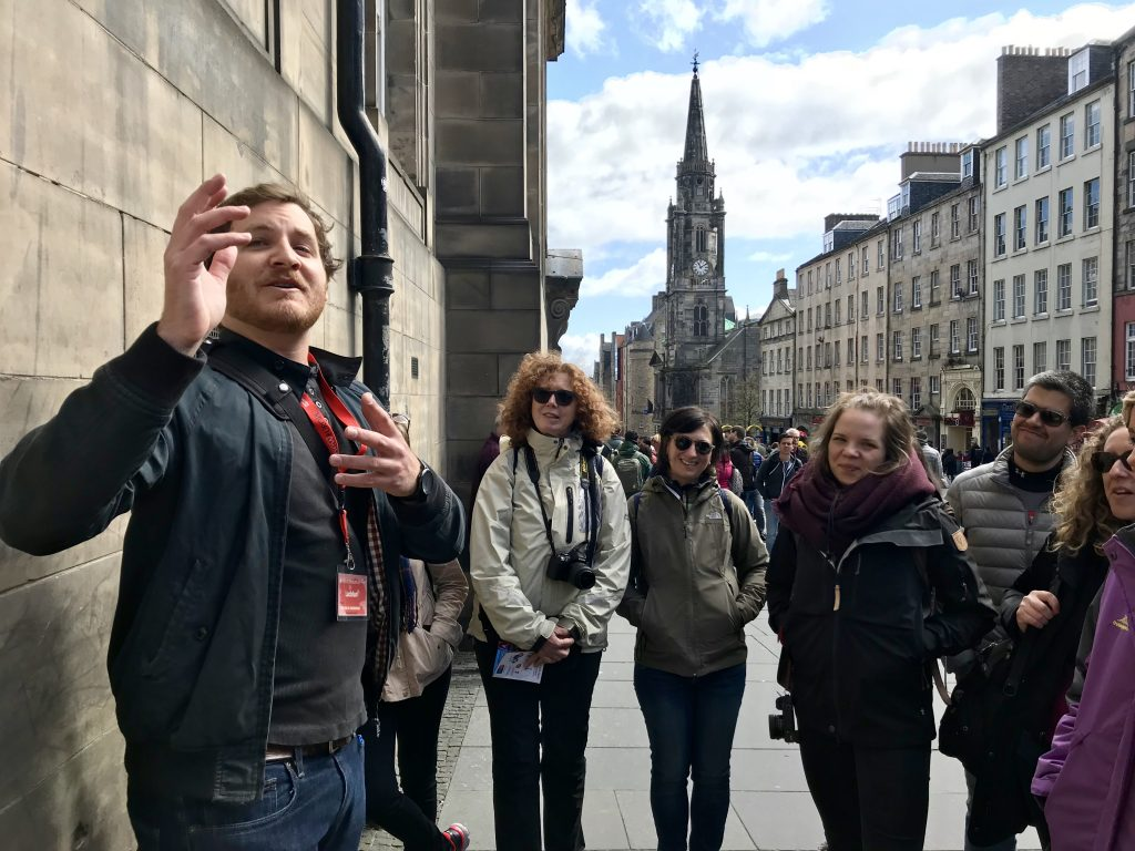 sanddman free tour edinburgh