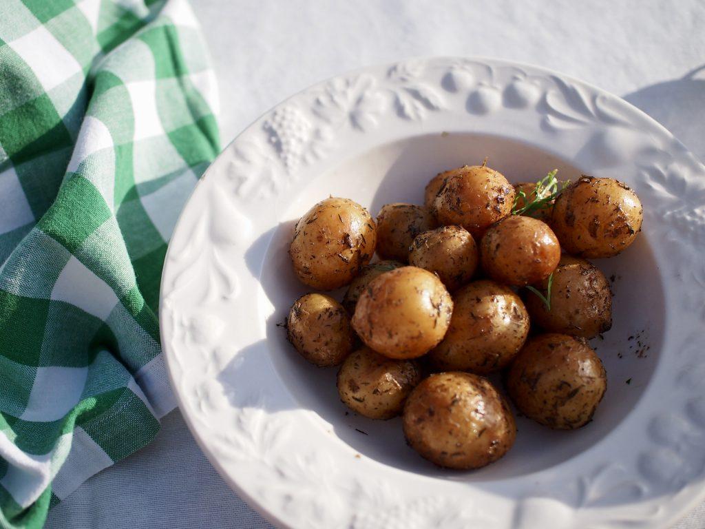 savustetut uudet perunat